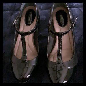 Great vintage black shoes
